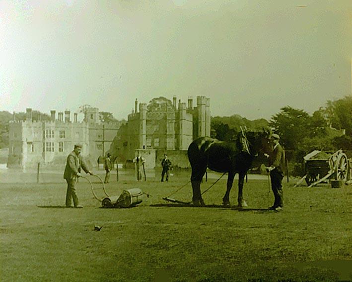 Leeds Park castle